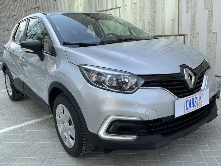 Renault Captur-RIGHT FRONT DIAGONAL (45-DEGREE) VIEW