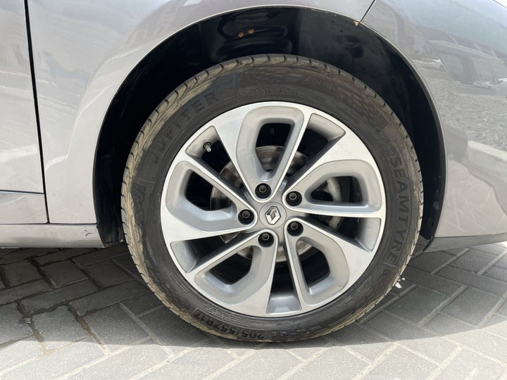 Renault Fluence-RIGHT FRONT WHEEL