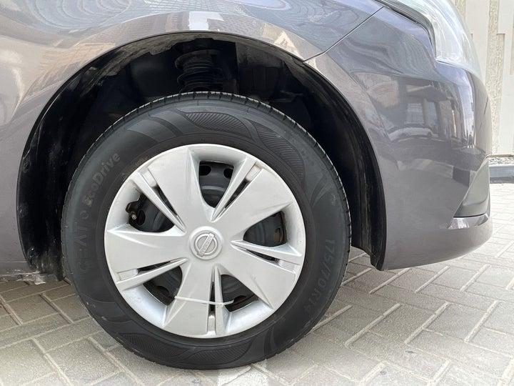 Nissan Sunny-RIGHT FRONT WHEEL