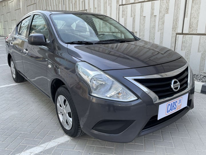 Nissan Sunny-RIGHT FRONT DIAGONAL (45-DEGREE) VIEW