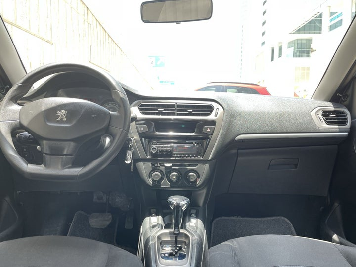 Peugeot 301-DASHBOARD VIEW