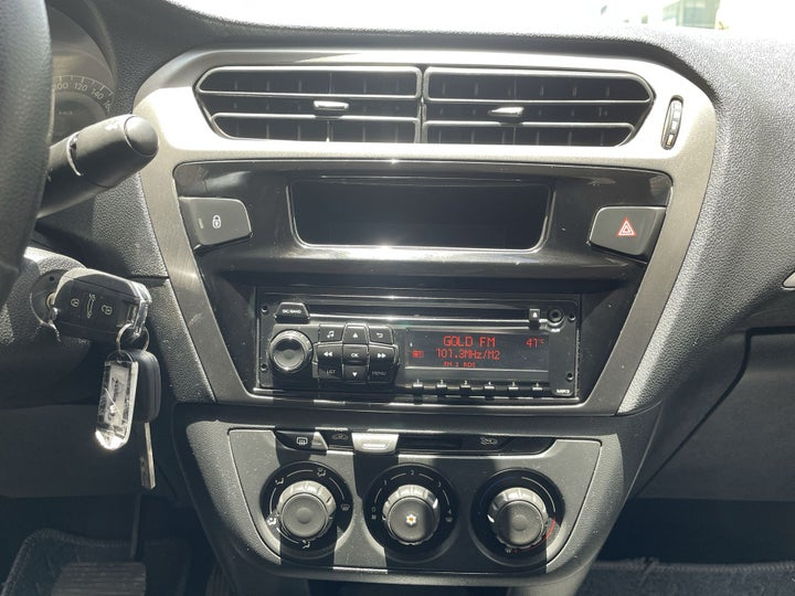 Peugeot 301-CENTER CONSOLE