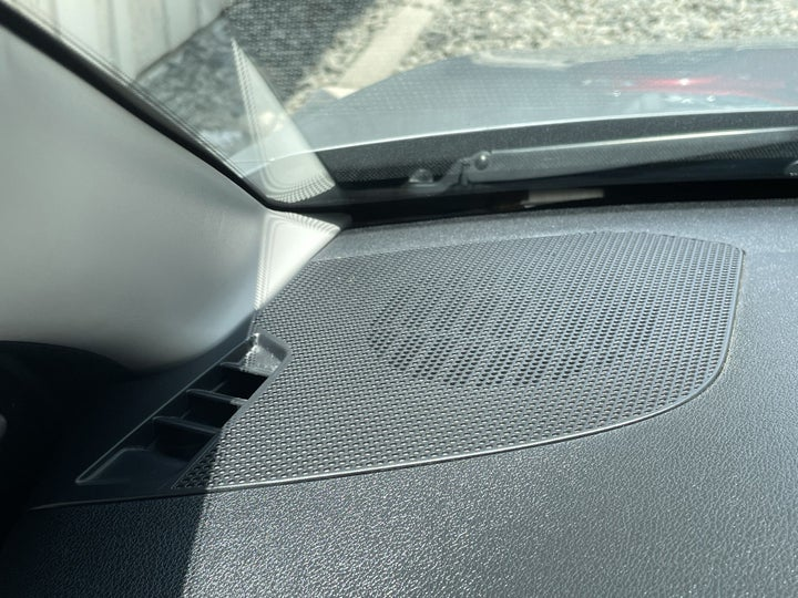 Peugeot 301-SPEAKERS