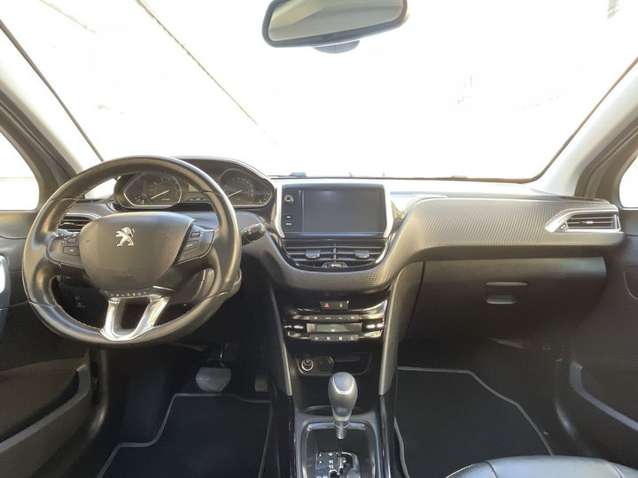 Peugeot 2008-DASHBOARD VIEW