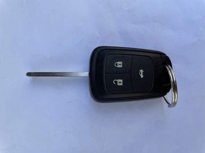 Chevrolet Aveo-KEY CLOSE-UP