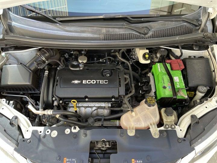 Chevrolet Aveo-OPEN BONNET (ENGINE) VIEW