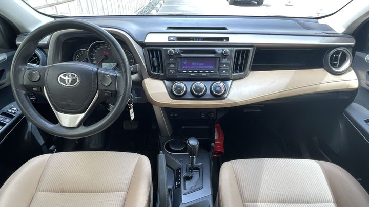 Toyota Rav4-DASHBOARD VIEW