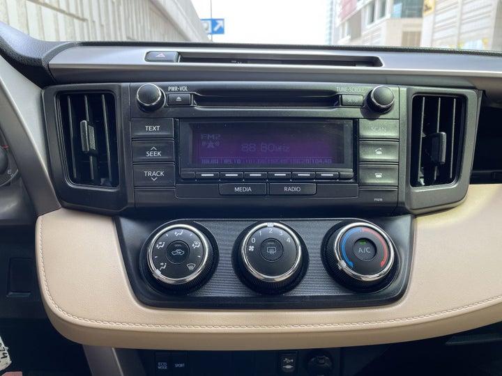 Toyota Rav4-CENTER CONSOLE