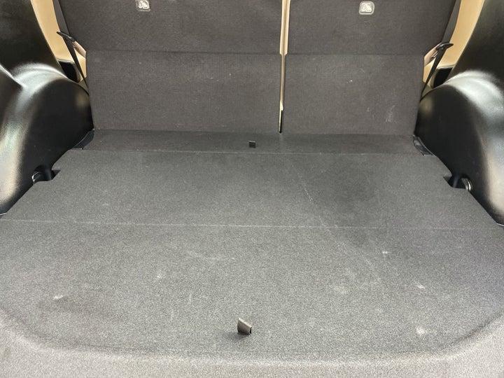 Toyota Rav4-BOOT INSIDE VIEW