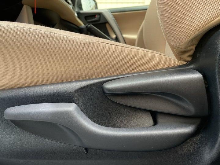 Toyota Rav4-DRIVER SIDE ADJUSTMENT PANEL