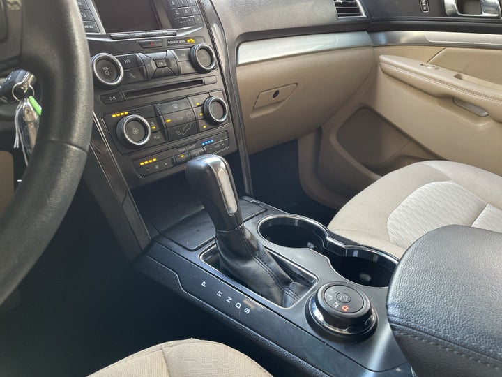 Ford Explorer-GEAR LEVER
