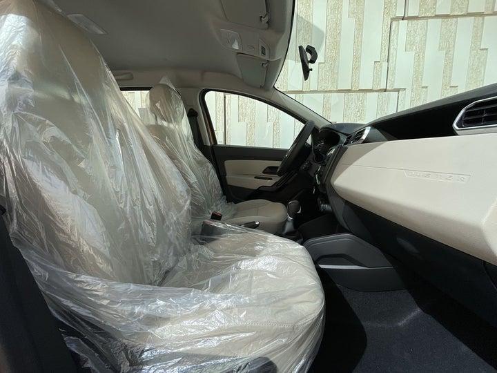 Renault Duster-RIGHT SIDE FRONT DOOR CABIN VIEW