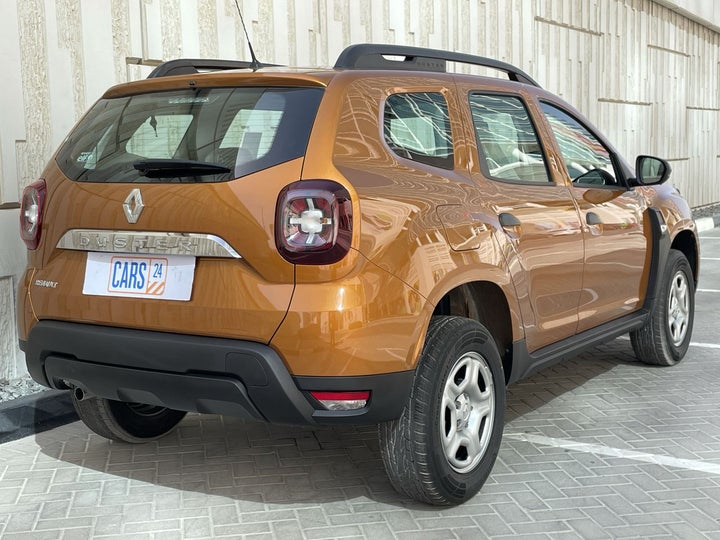 Renault Duster-RIGHT BACK DIAGONAL (45-DEGREE VIEW)