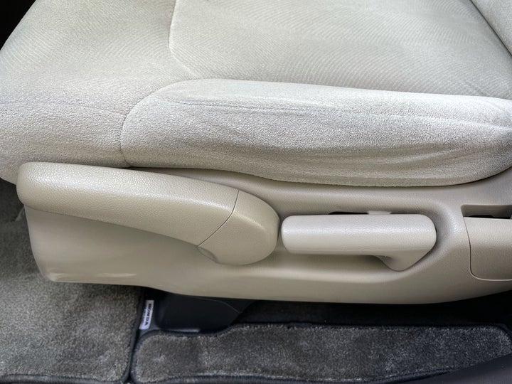 Honda Odyssey-DRIVER SIDE ADJUSTMENT PANEL