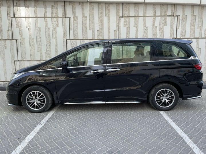 Honda Odyssey-LEFT SIDE VIEW