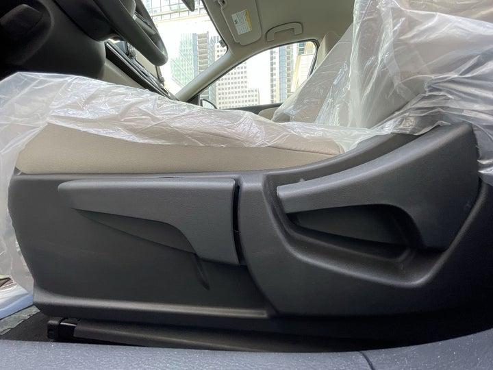 Nissan Altima-DRIVER SIDE ADJUSTMENT PANEL