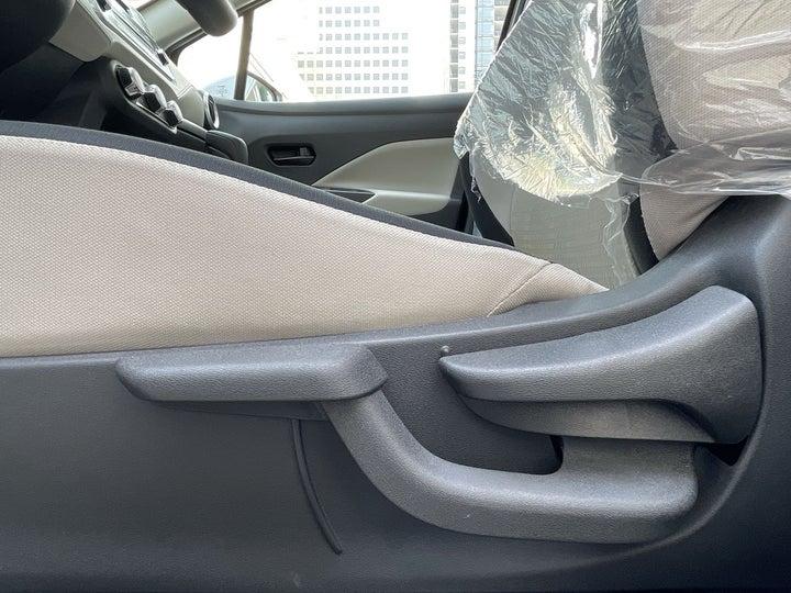 Nissan Sunny-DRIVER SIDE ADJUSTMENT PANEL