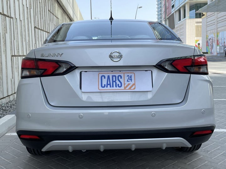 Nissan Sunny-BACK / REAR VIEW