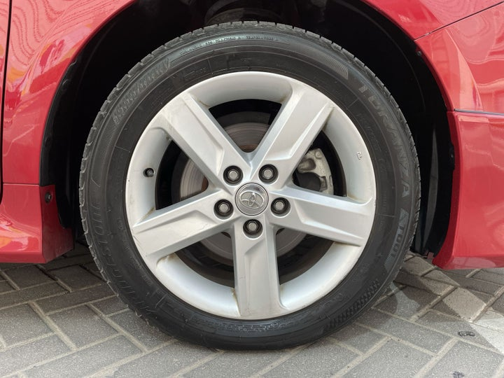 Toyota Aurion-RIGHT FRONT WHEEL