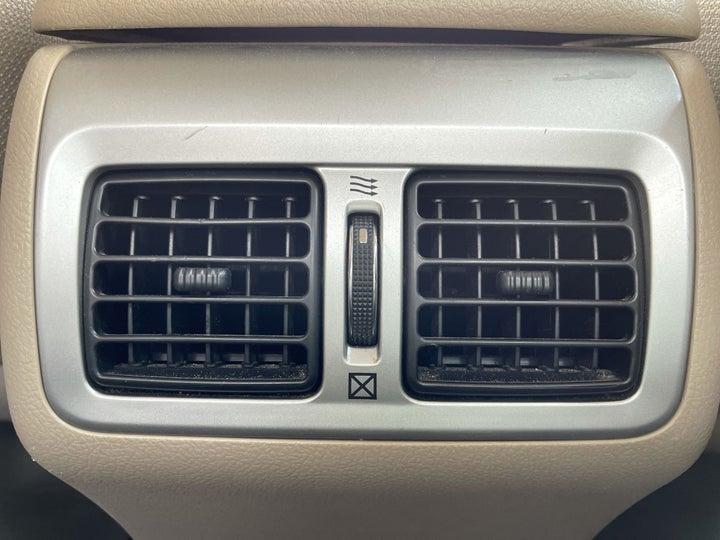 Toyota Aurion-REAR AC VENT