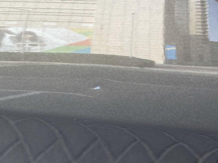 Infiniti Q70-Right Rear Door Light Scratch (1/2 to 1 inch)