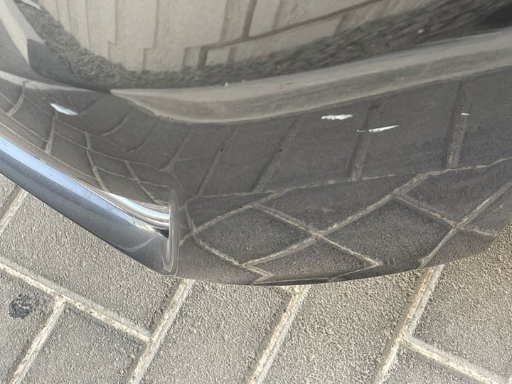 Infiniti Q70-Front Left Bumper/Cover Multiple Scratches Light (1/2 to 1 inch)