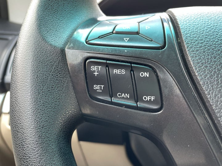 Ford Explorer-CRUISE CONTROL
