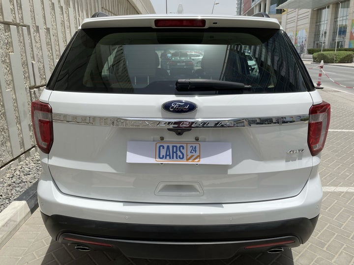 Ford Explorer-BACK / REAR VIEW