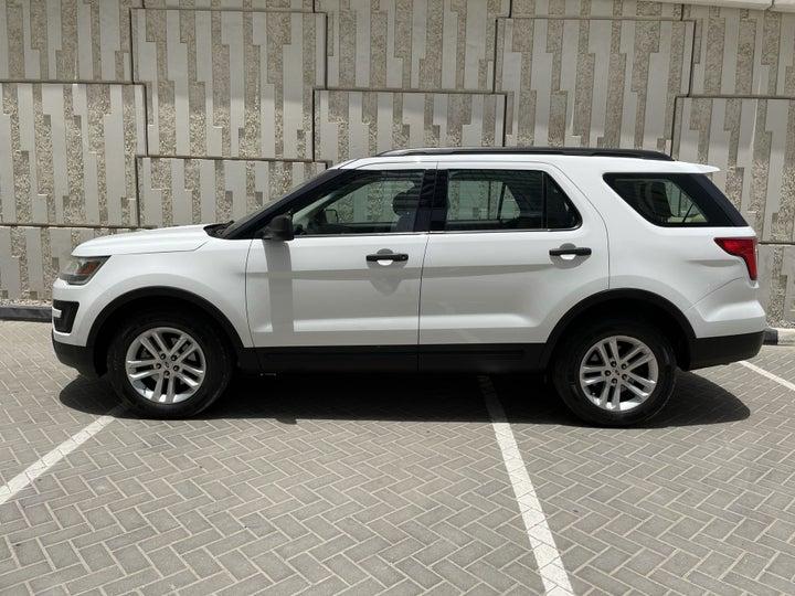 Ford Explorer-LEFT SIDE VIEW