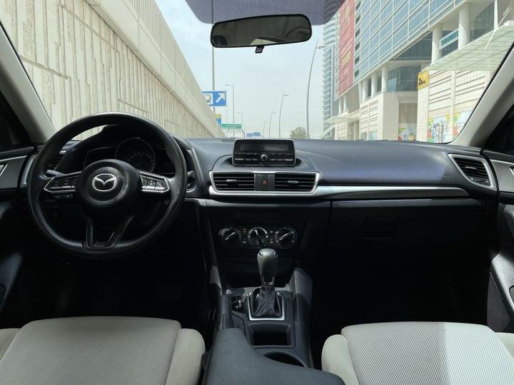 Mazda 3-DASHBOARD VIEW