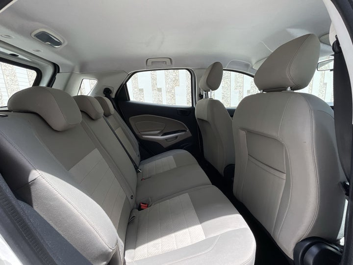 Ford EcoSport-RIGHT SIDE REAR DOOR CABIN VIEW