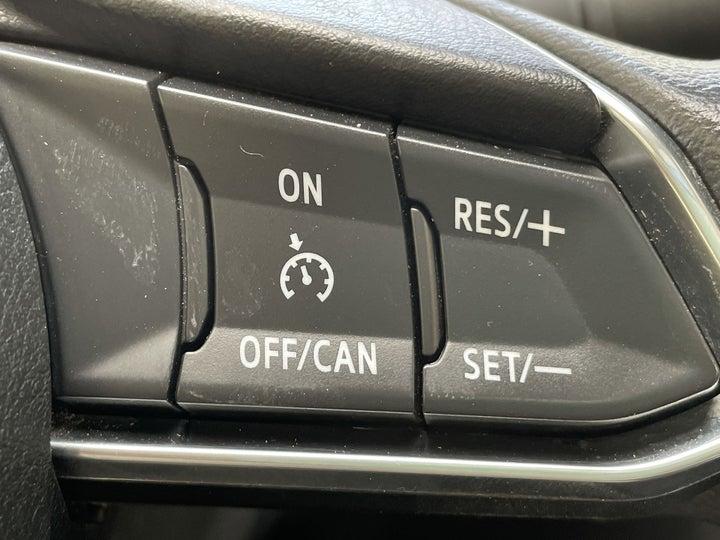 Mazda 3-CRUISE CONTROL