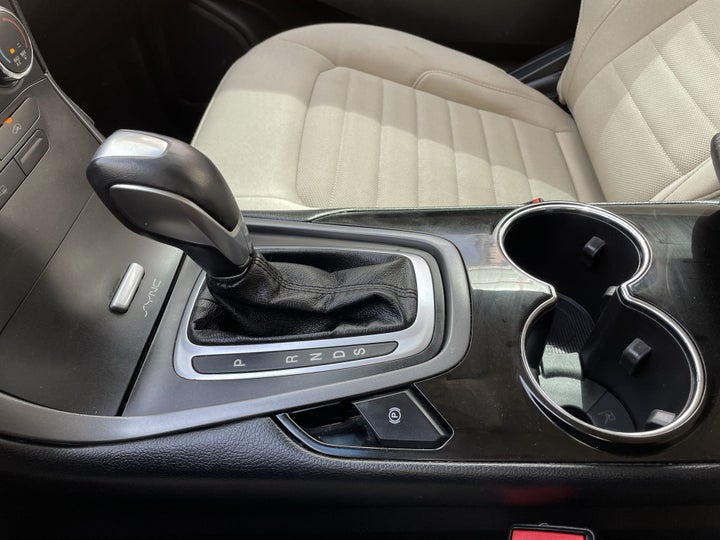 Ford Edge-GEAR LEVER