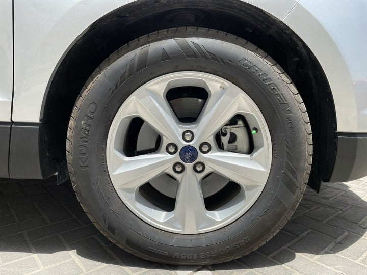 Ford Edge-RIGHT FRONT WHEEL