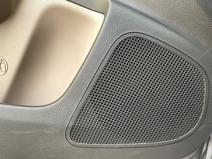 Hyundai Grand I10-SPEAKERS