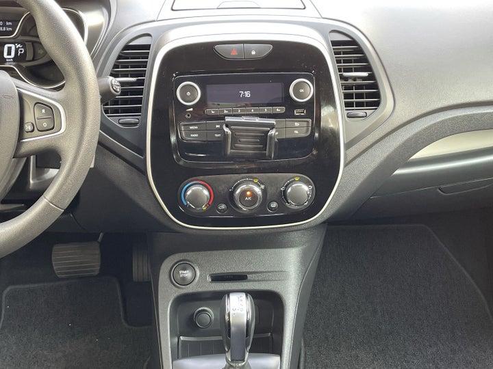 Renault Captur-CENTER CONSOLE