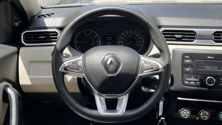 Renault Duster-STEERING WHEEL CLOSE-UP