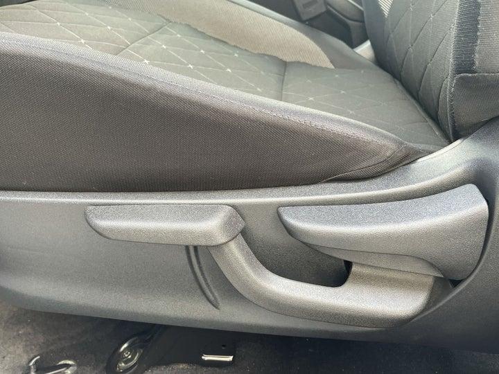 Nissan Kicks-DRIVER SIDE ADJUSTMENT PANEL