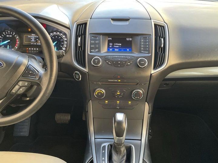 Ford Edge-CENTER CONSOLE