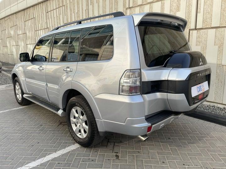 Mitsubishi Pajero-LEFT BACK DIAGONAL (45-DEGREE) VIEW
