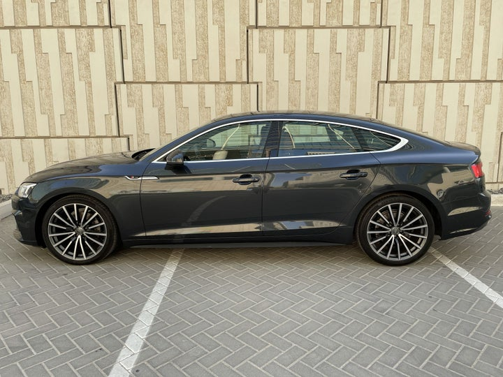 Audi A5-LEFT SIDE VIEW