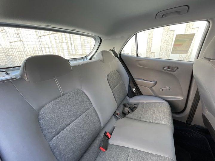 Kia Picanto-RIGHT SIDE REAR DOOR CABIN VIEW