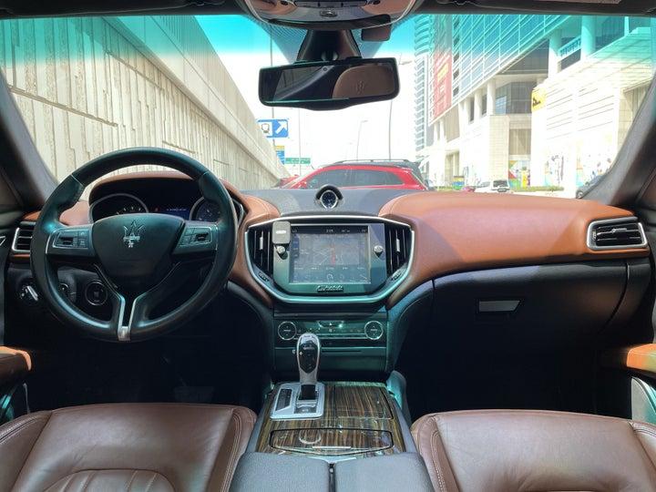 Maserati Maserati Ghibli-DASHBOARD VIEW