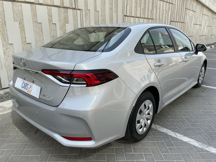 Toyota Corolla-RIGHT BACK DIAGONAL (45-DEGREE VIEW)