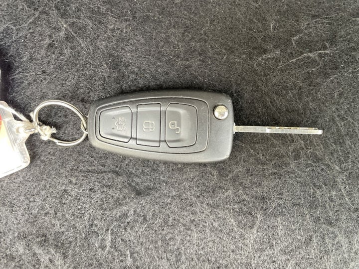 Ford Focus-KEY CLOSE-UP