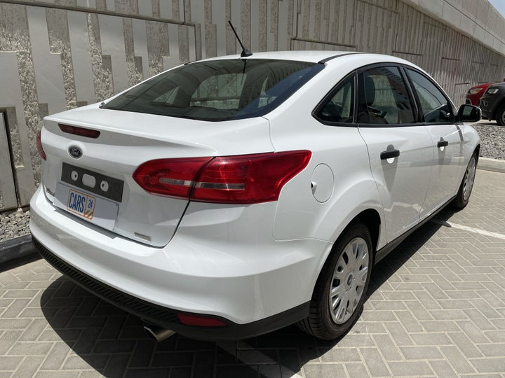 Ford Focus-RIGHT BACK DIAGONAL (45-DEGREE VIEW)