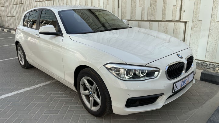 BMW 1 Series-RIGHT FRONT DIAGONAL (45-DEGREE) VIEW