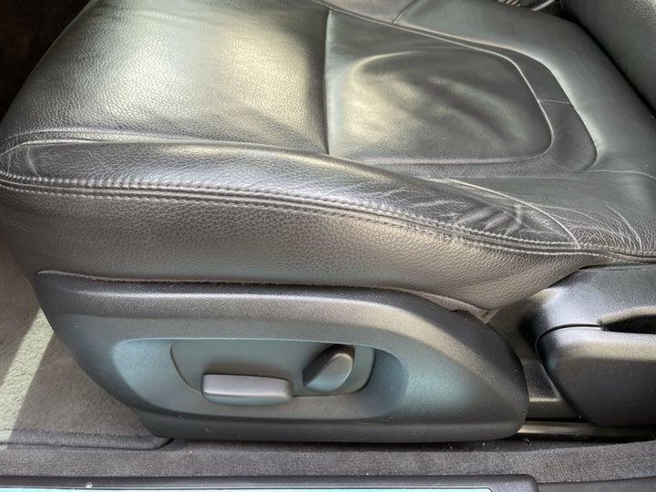 Jaguar XF-DRIVER SIDE ADJUSTMENT PANEL