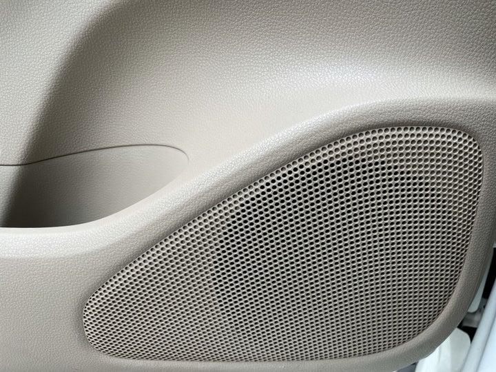 Mitsubishi Montero Sport-SPEAKERS