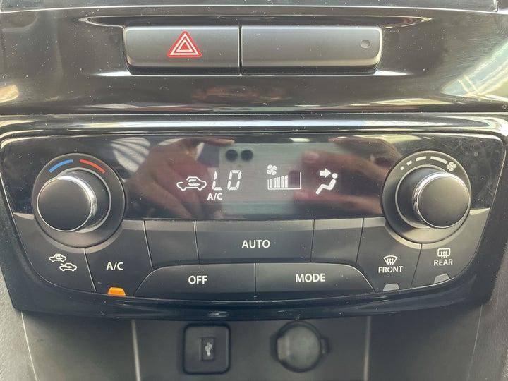 Suzuki Grand Vitara-AUTOMATIC CLIMATE CONTROL